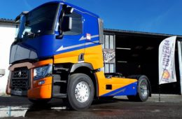 RENAULT TRUCK TRANSPORTS L. EDITION