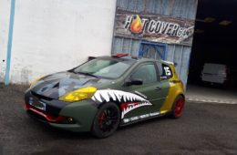 RENAULT CLIO 3 RS SHARK ATTACK