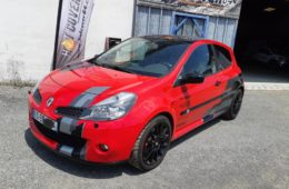 RENAULT CLIO 3 RS RED LINE